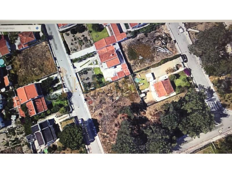 Land/Ruins for sale in Sesimbra