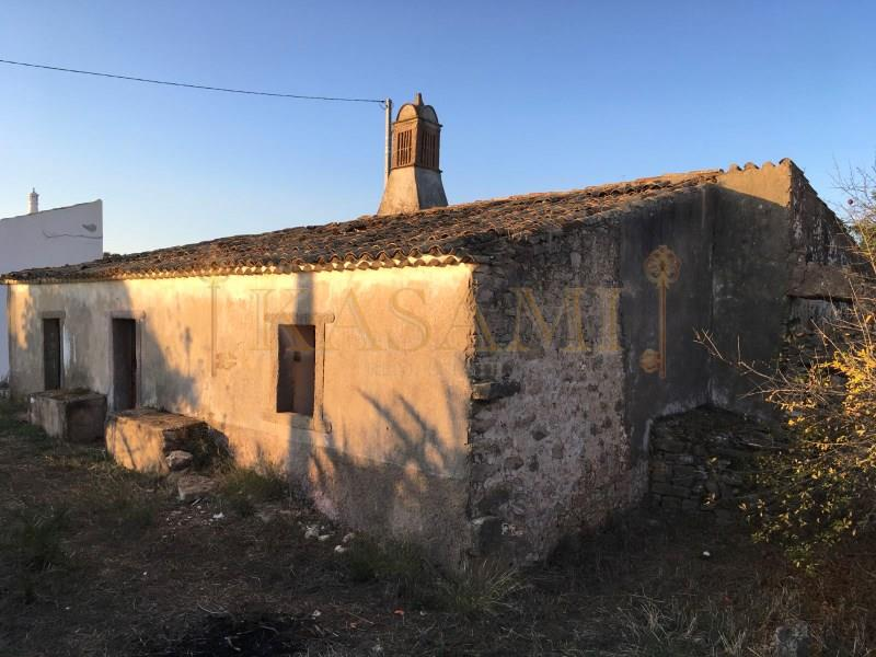 Land/Ruins for sale in Boliqueime
