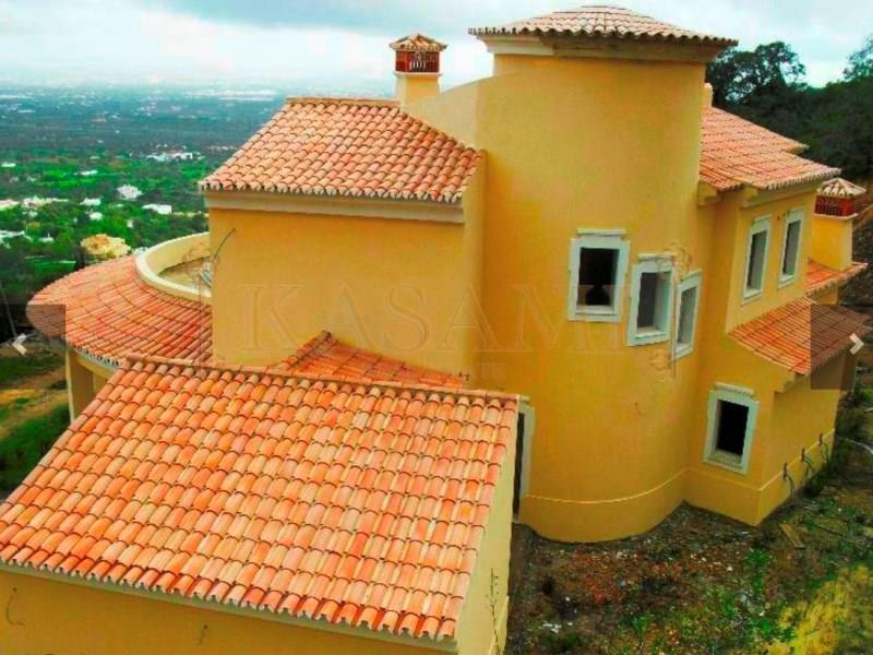 House/Villa for sale in Santa Barbara de Nexe