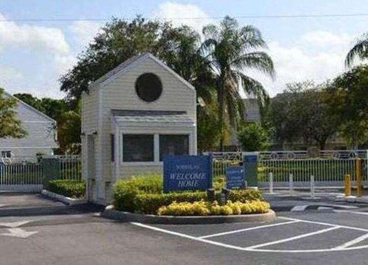 House/Villa for sale in Lauderdale Lakes
