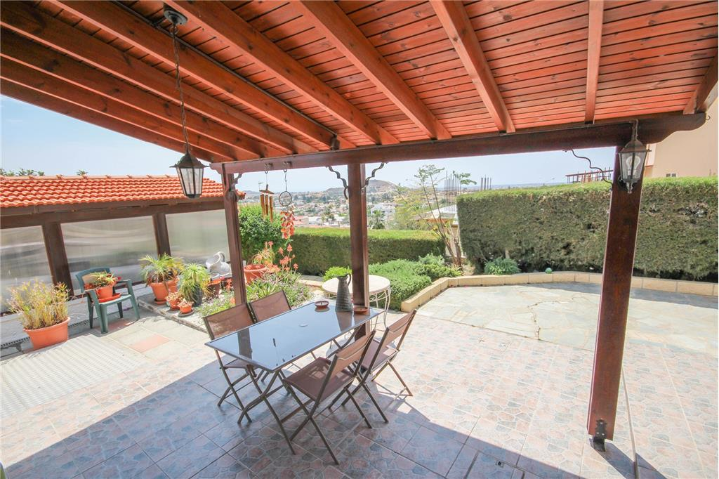 House/Villa for sale in Anglisidhes
