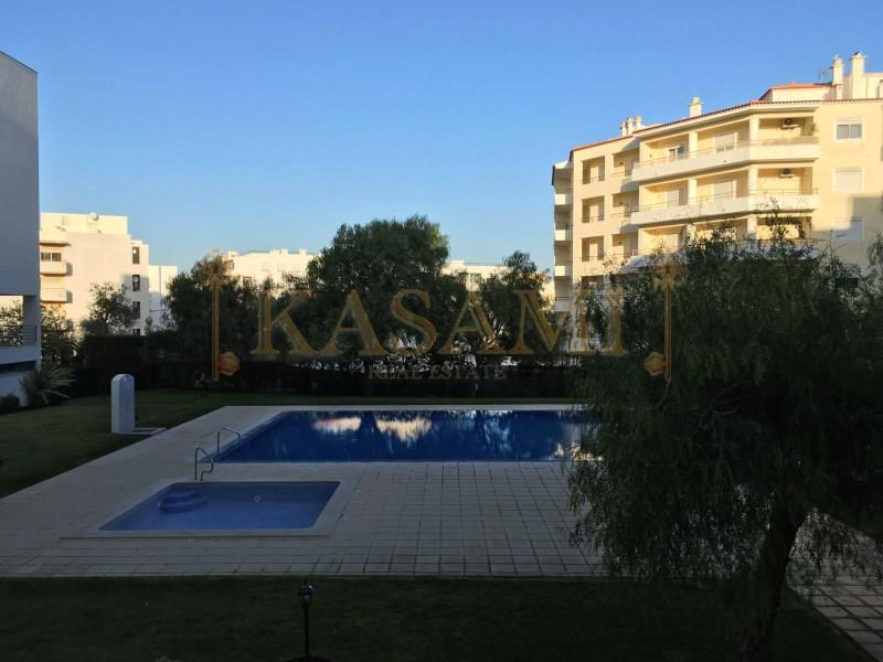 Apartment/Flat for sale in Armacao de Pera