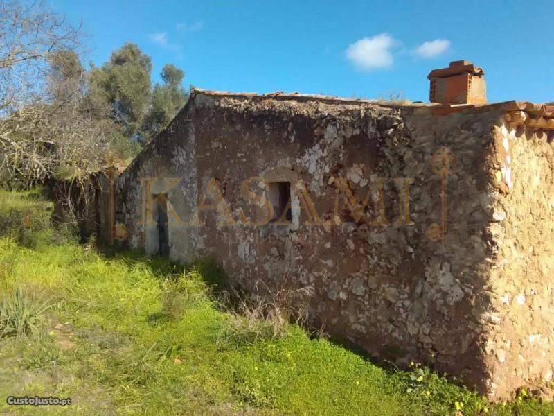 Land/Ruins for sale in Algoz