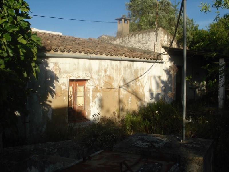 Land/Ruins for sale in Paderne