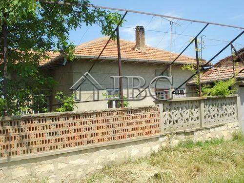House/Villa for sale in Strelets