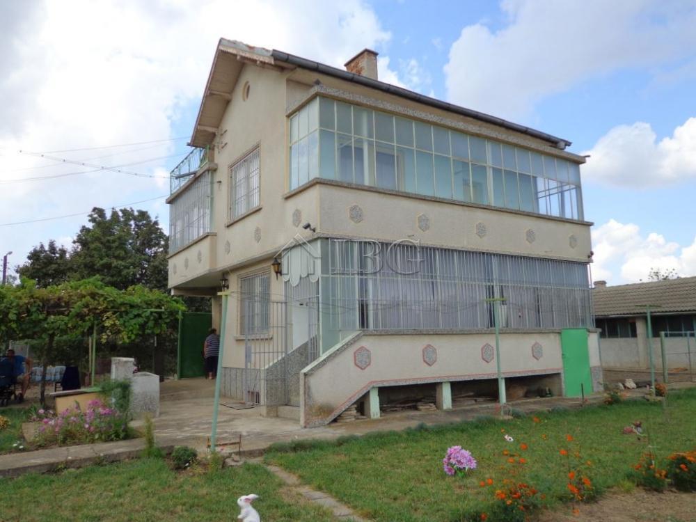 House/Villa for sale in Polyana