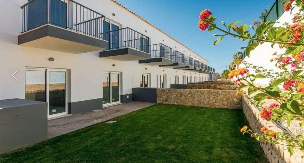 House/Villa for sale in Olhos de Agua