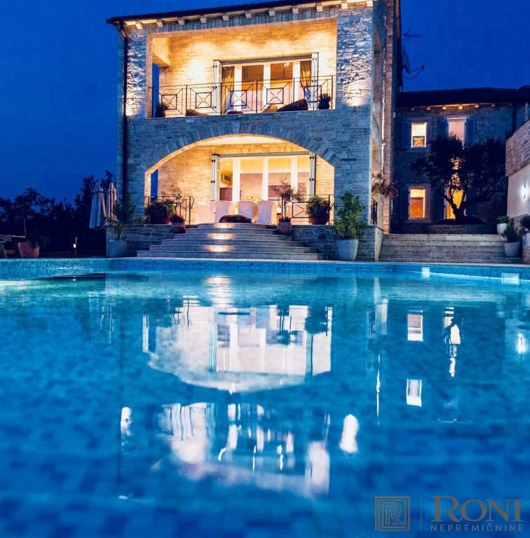House/Villa for sale in Buje