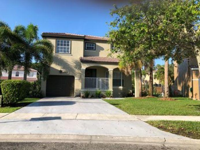 House/Villa for sale in Pembroke Pines