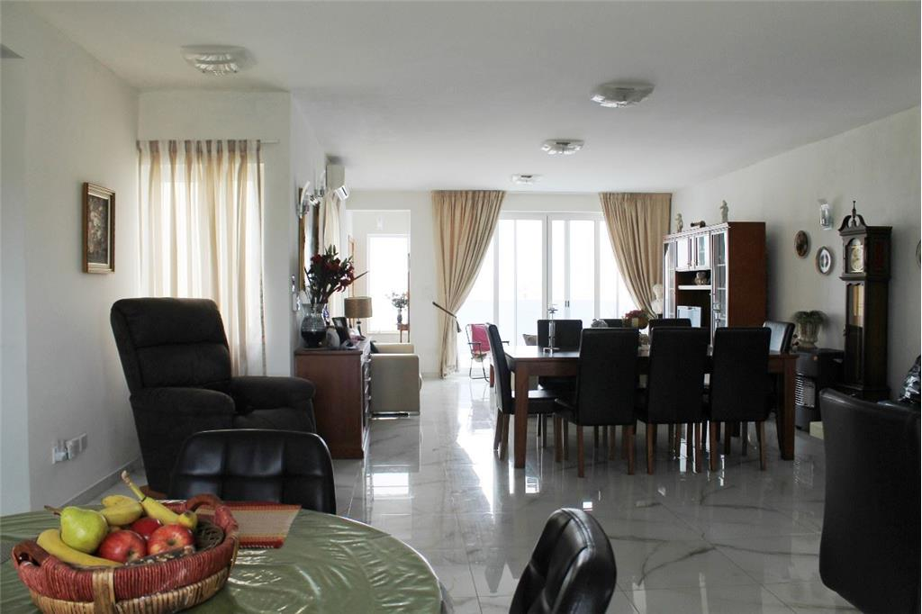 Penthouse for sale in Naxxar