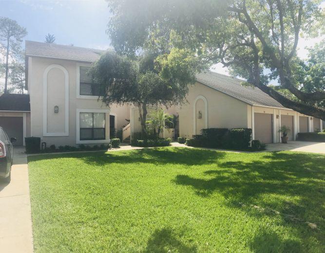 House/Villa for sale in Longwood