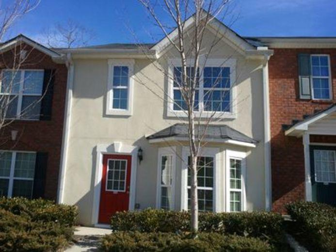Townhouse for sale in Gainesville
