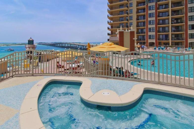 Townhouse for sale in Destin