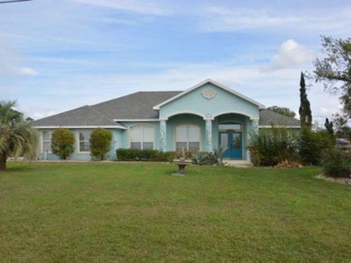 House/Villa for sale in Indian Lake Estates
