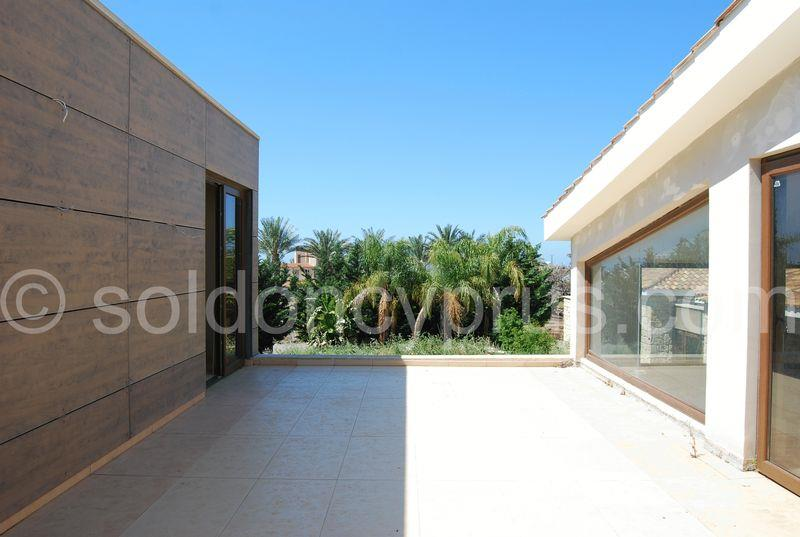 House/Villa for sale in Emba