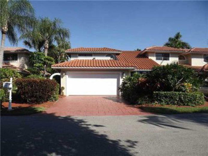 House/Villa for sale in Deerfield Beach