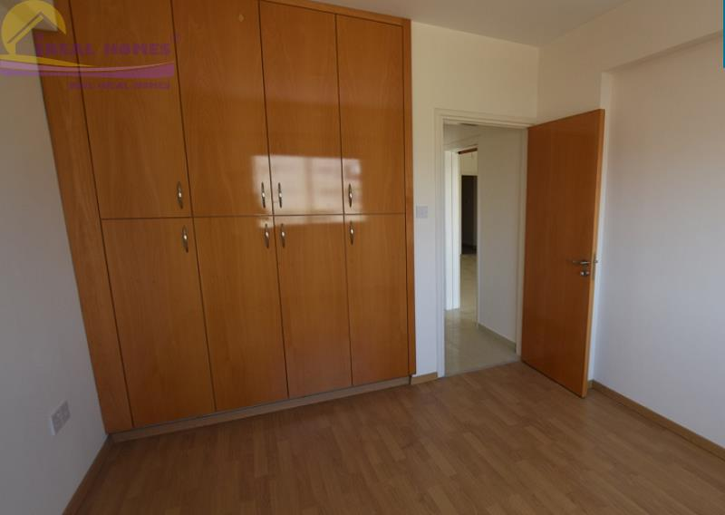 Apartment/Flat for sale in Zakaki