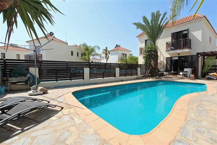 House/Villa for sale in Kapparis