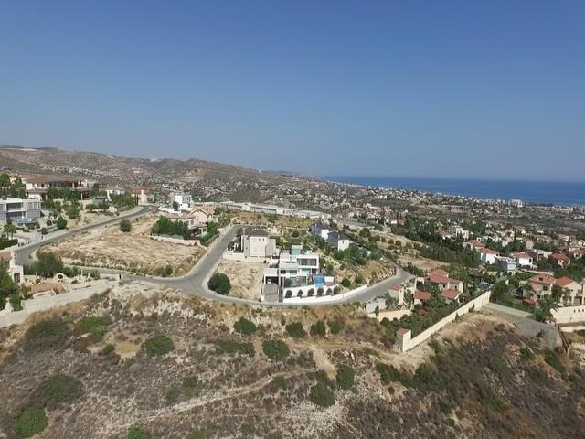 Land/Ruins for sale in Yermasoyia