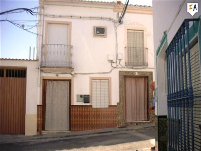 Townhouse for sale in Cuevas de San Marcos