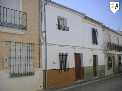 Townhouse for sale in La Roda de Andalucia