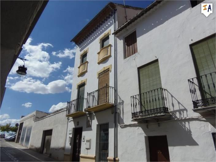 Townhouse for sale in Alcaudete