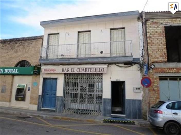 Townhouse for sale in Lora de Estepa