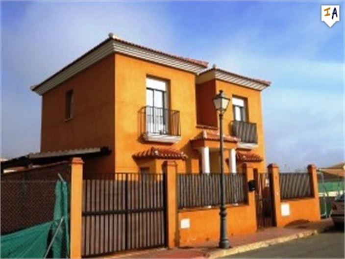 Townhouse for sale in Humilladero
