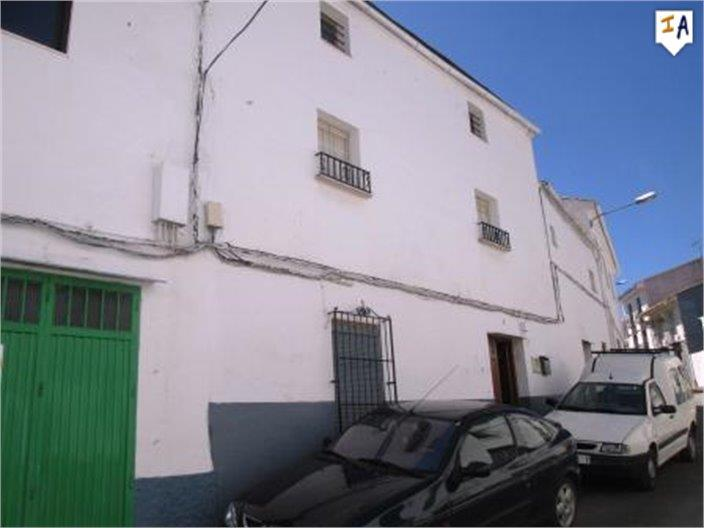 Townhouse for sale in Charilla