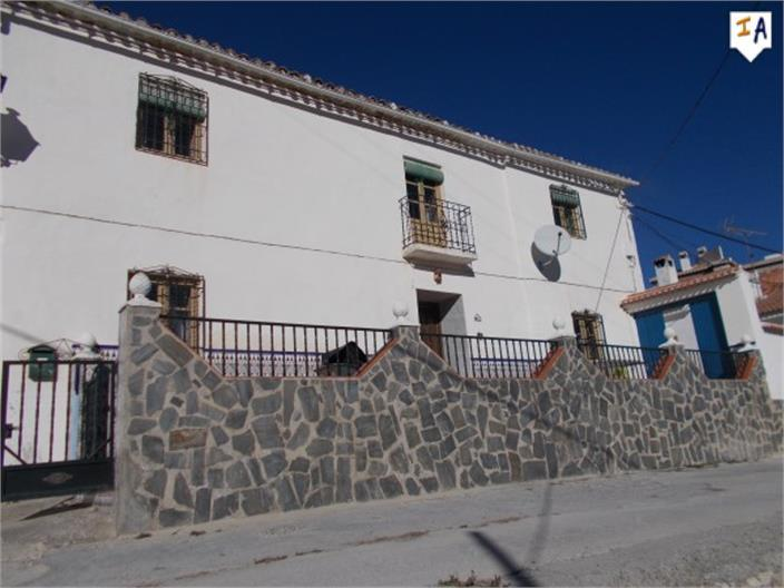Townhouse for sale in Moclin