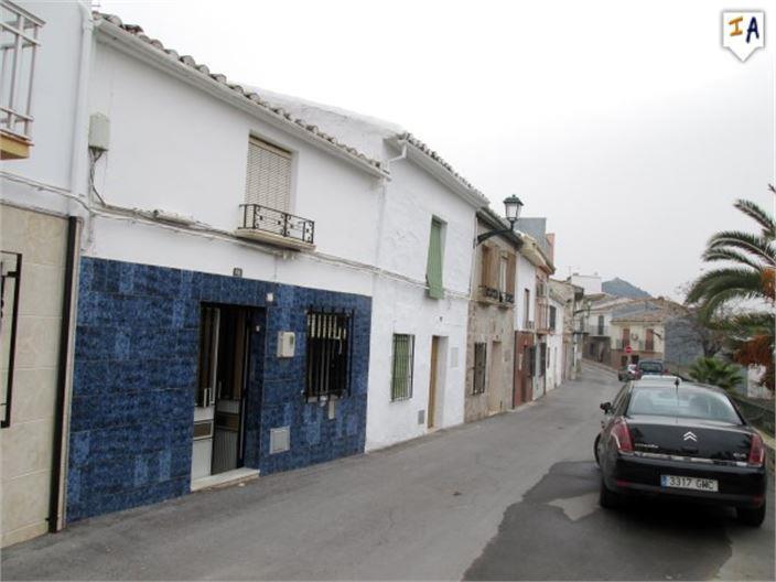Townhouse for sale in Alcaudete