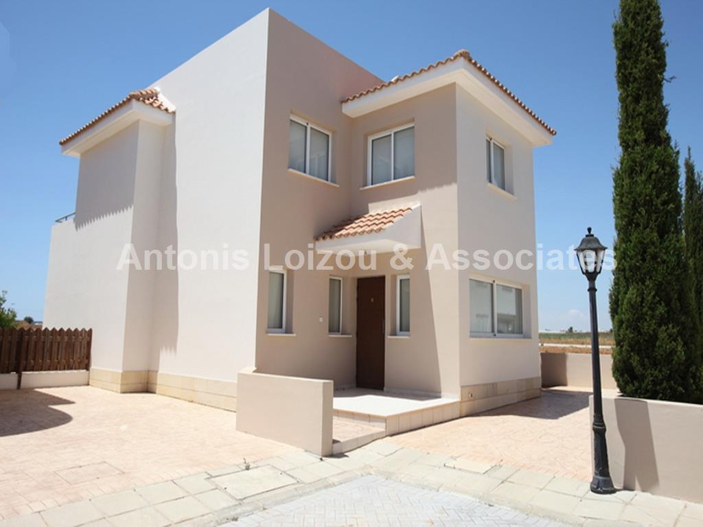 Detached for sale in Paralimni