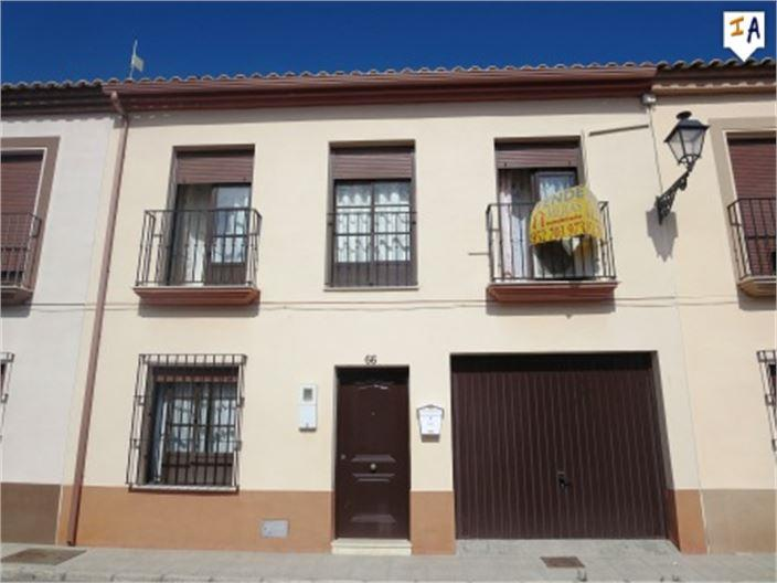 Townhouse for sale in Bobadilla