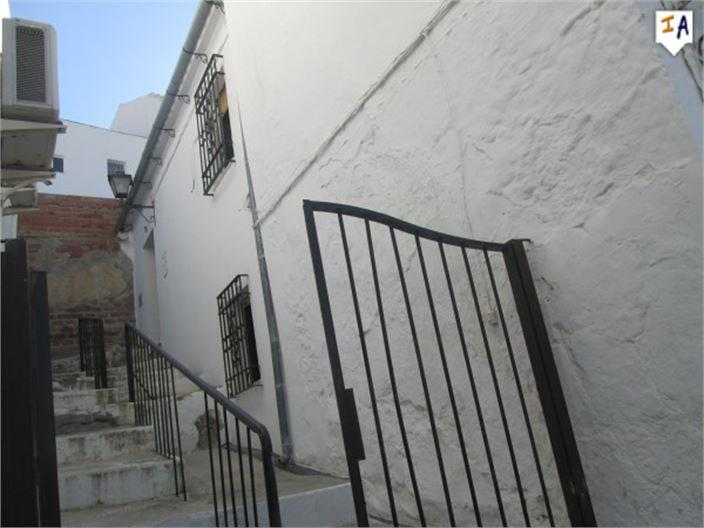 Townhouse for sale in Baena