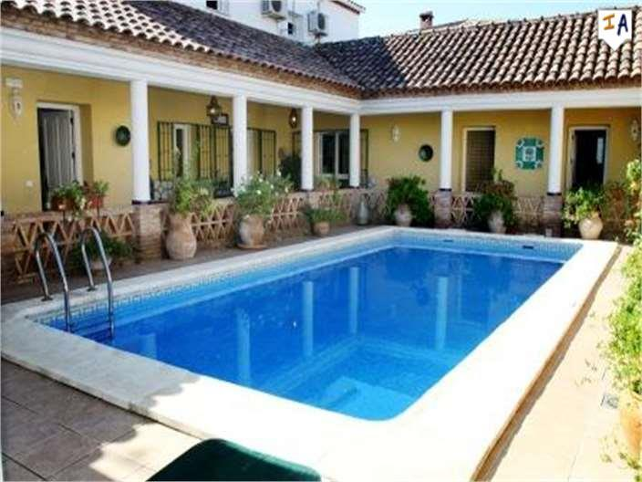 Townhouse for sale in Las Pinedas