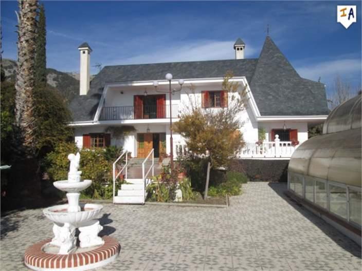 House/Villa for sale in Alomartes