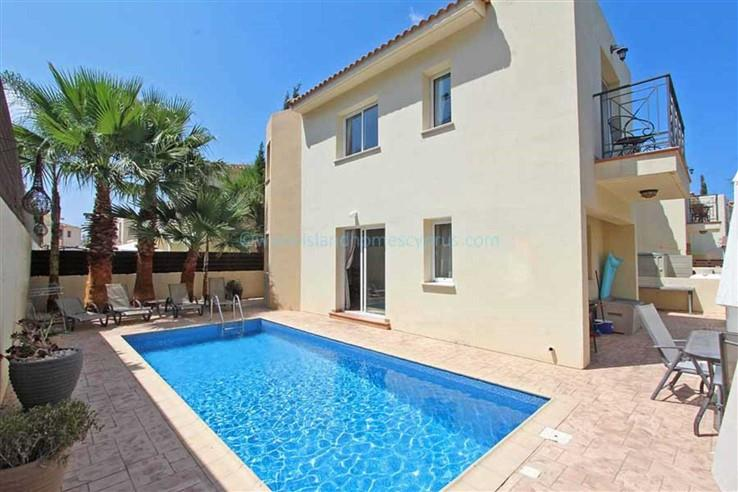 House/Villa for sale in Pernera