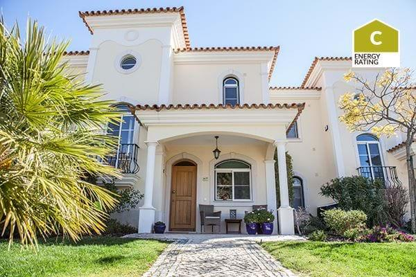 Townhouse for sale in Almancil