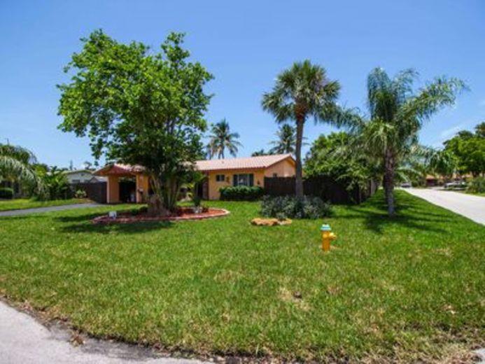 House/Villa for sale in Deerfield Beach