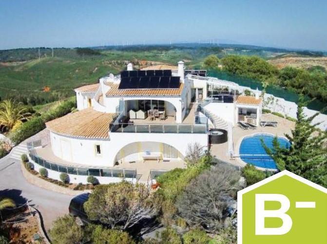House/Villa for sale in Parque da Floresta Golf