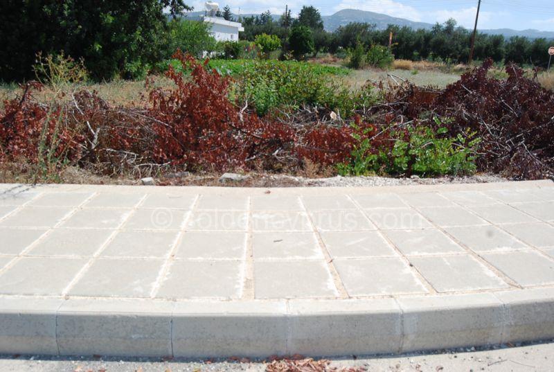 Land/Ruins for sale in Kissonerga