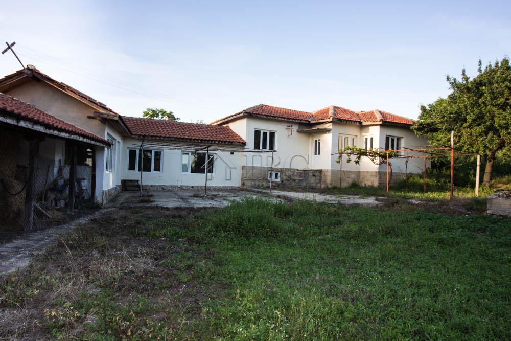 House/Villa for sale in Provadiya