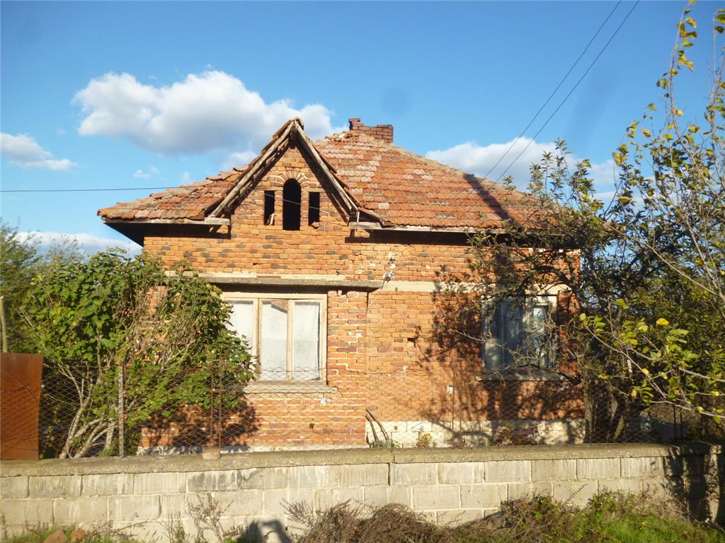 Detached for sale in Sirakovo