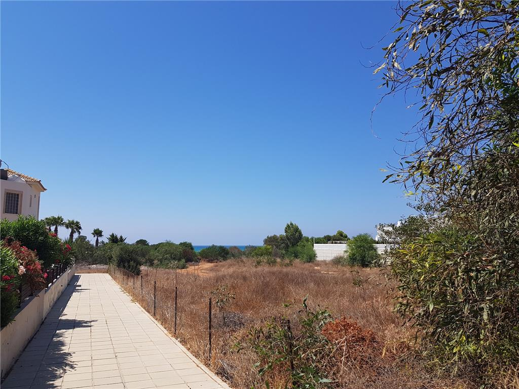 Land/Ruins for sale in Ayia Thekla