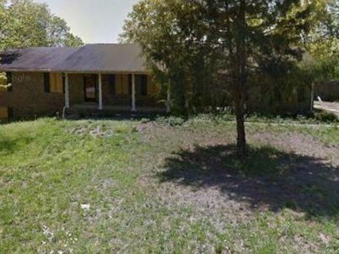 House/Villa for sale in Anniston