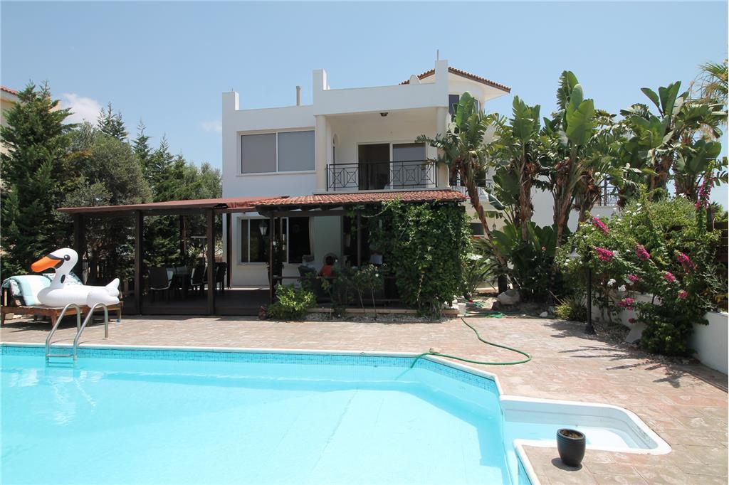 House/Villa for sale in Ktima