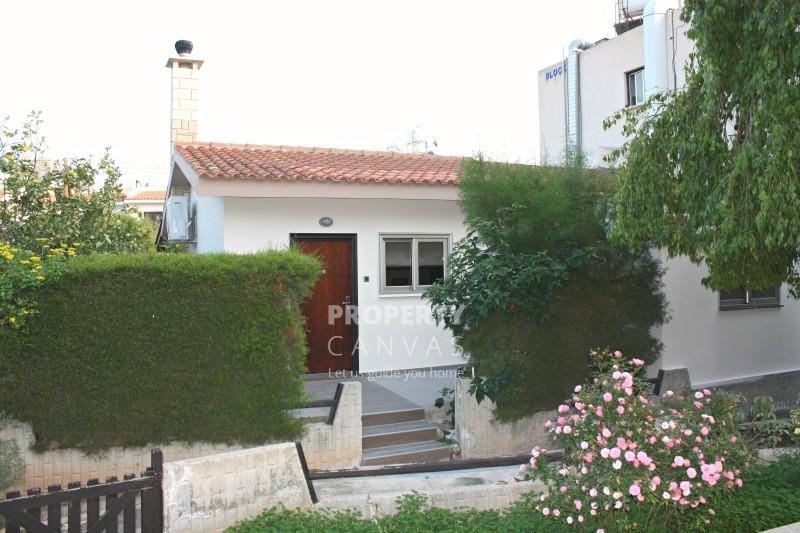 Bungalow for sale in Kato Paphos