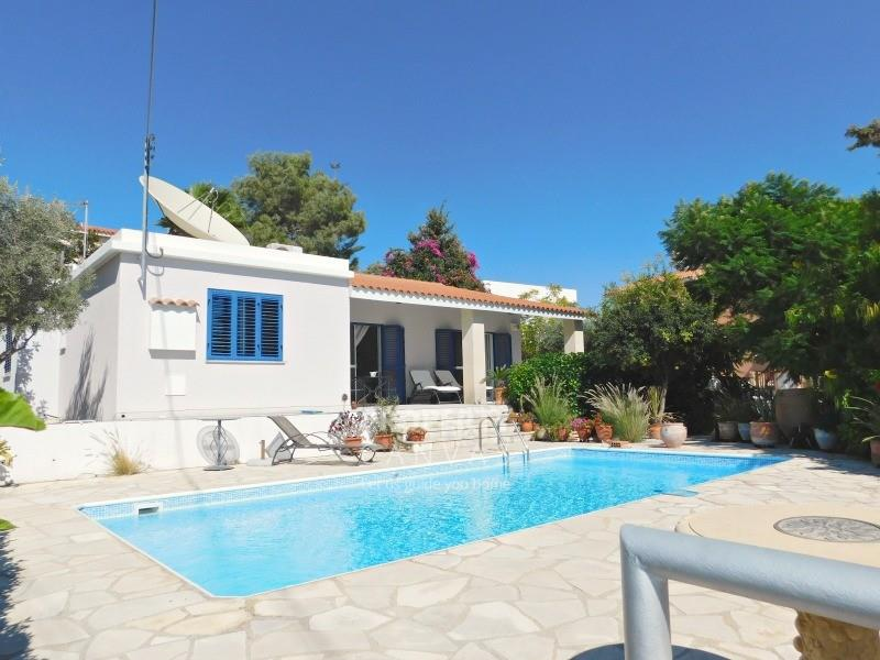 Bungalow for sale in Tremithousa