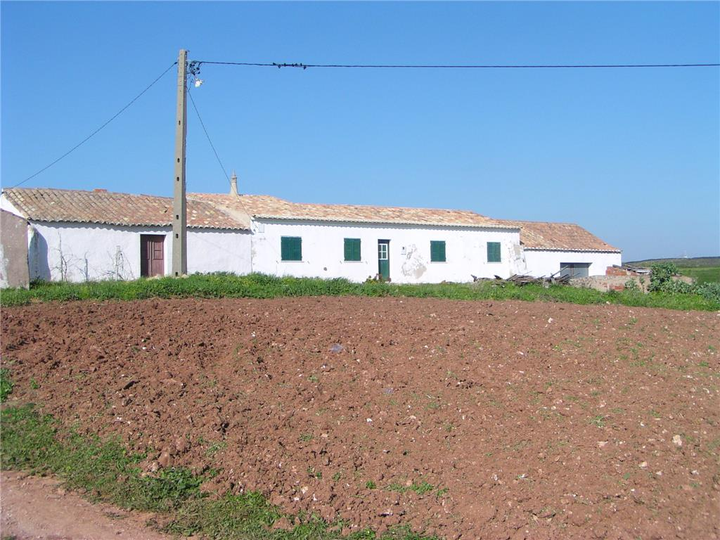 Farm for sale in Sagres