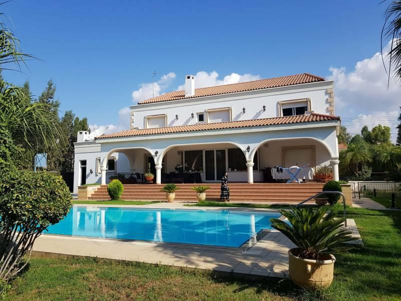 House/Villa for sale in Yermasoyia